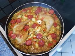 Cuisiner une Paëlla : 8ème étape ajout du chorizo
