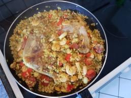 Cuisiner une Paëlla : fin de cuisson jusqu'à que l'eau soit évaporé